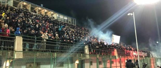 Gli oltre 1400 tifosi nolani giunti a Pagani per sostenere la squadra